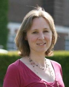 Elisabeth-Hill-photo-2